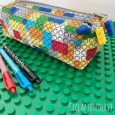 Cecile Rouâ Gaultier sur Instagram: Coucou !! On prépare doucement la rentrée ici avec cette jolie trousse ZipZip de @patrons_sacotin version Lego pour Maxou qui rentre en…