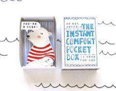 The Instant Comfort Pocket Box - polar bear