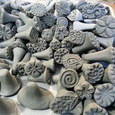 Sellos de arcilla hecha a mano de cerámica por chARiTyelise en Etsy