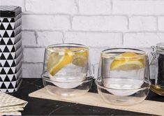 Wyjątkowe szklanki termiczne dla wszystkich, którzy chcą zawsze czegoś więcej. Oryginalny kształt dopracowany do ostatniego szczegółu urozmaici podawanie wszystkich napojów, koktajli i soków. Szklanka wygląda bardzo elegancko nawet ze zwykłą wodą. Można w niej podawać również gorące napoje. Wyobraźnia nie zna granic! Tylko od nas zależy do czego wykorzystamy szklanki z serii Duali Hugo. #szklankitermiczne #dodrinków #naimprezę #dodomu #naprezent Wine Glass, Glass Vase, Tableware, Home Decor, Dinnerware, Decoration Home, Room Decor, Tablewares, Dishes