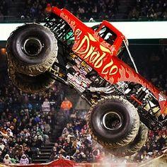 Giant Monster Truck At Monsterjam Theliftedlife Www Liftedlife Tv