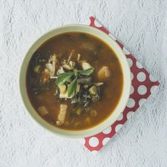 Zupa z kalarepy z ziemniakami i suszonymi morelami I Love Food, Thai Red Curry, Ethnic Recipes