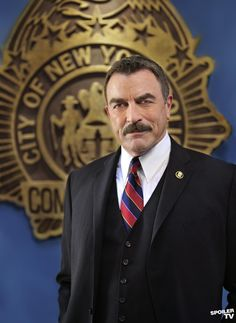 Blue Bloods, Season 1, Tom Selleck, suit and tie, elegant, moustache, male actor, celeb, famous, portrait, photo