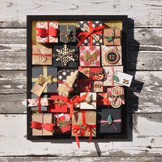 Christmas Countdown by Aimee Maddern for We R Memory Keepers #christmascrafts #123punchboard #christmascountdown