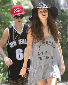 Justin Bieber Selena Gomez sneakers hat sunglasses tank top shirt shorts