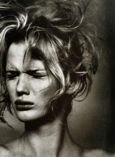 Irving PENN :: Anne Vyalitsyna for Vogue US