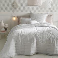 Couvre-lit matelassé et brodé en coton, OYENA