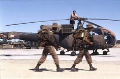 South African joint army and air force operations in South West Africa (now Namibia). 1988 Ondangwa Air Force Base (AFB), here is a great photo capturing a reaction force on the move, here seen walking past a SAAF Alouette III under general maintenance on Modern Fighter Jets, South African Air Force, Army Day, West Africa, Special Forces, Military History, Great Photos, Military Vehicles, Choppers