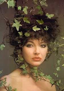 Kate Bush-- blossoming woman on the vine.