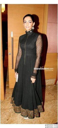 Sabyasachi Indian Fashion Designers, Indian Designer Outfits, Pakistan Fashion, India Fashion, Pakistani Outfits, Indian Outfits, Bollywood Dress, Desi Wear, Desi Clothes