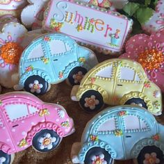 Beetles - Cake by Teri Pringle Wood Car Cookies, Fancy Cookies, Cookies Et Biscuits, Cupcake Cookies, Summer Cookies, Easter Cookies, Cookie Frosting, Royal Icing Cookies, Best Sugar Cookies