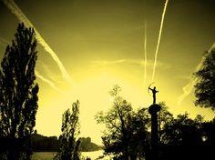Shooting At The Sun...  photo by Lorena Masi