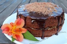 Kitchen Delights: Recipe: Chocolate Cake With an Apricot and Amaretto Filling