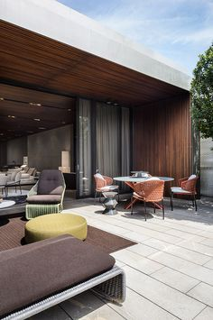 "Minotti Outdoor Collection | Van Dyck ""Outdoor"" table, Aston ""Cord"" Outdoor chairs, Rodolfo Dordoni design"