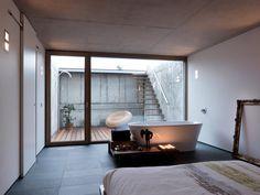 Спальня, совмещенная с ванной без ограждения