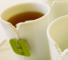 If you're an avid tea drinker like me, you'll love these cool new Zipper Cups.