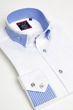 White reverse collar shirt by Franck Michel