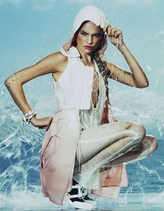 Splashy Sporty Shoots - The Regina Feoktistova How To Spend It Editorial is Playfully Watery (GALLERY)