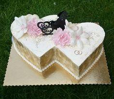Heart Shaped Wedding Cakes, 3 Tier Wedding Cakes, Heart Shaped Cakes, Creative Wedding Cakes, Diy Wedding Cake, Small Wedding Cakes, Amazing Wedding Cakes, Wedding Cake Designs, Engagement Cake Design