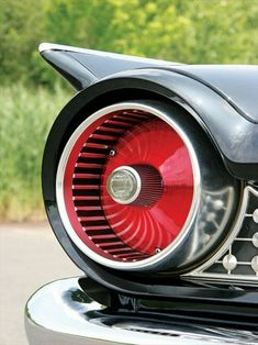 1961 Ford Taillight - My old classic car collection Retro Cars, Vintage Cars, Antique Cars, Buick, Automobile, Car Museum, Ford Classic Cars, Ford Galaxie, Us Cars