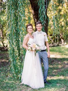 How former high school friends–turned–sweethearts tied the knot at Kuhs Estate and Farm. #stlouiswedding