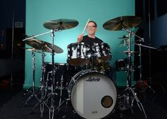 Vinnie Colaiuta,a master of legendary proportion