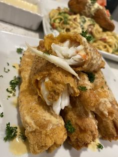 Fried King Crab Legs With Garlic Butter Fried Crab Legs Recipe, Crab Meat Recipes, Lobster Recipes, King Crab Legs, Cooking Recipes, Healthy Recipes, Yummy Recipes, Food Goals, Seafood Dishes