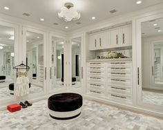 Hamptons House Tour - Design Chic #HomeDecorators #Homes #ClosetIdeas