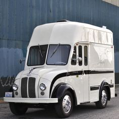 V8 Swapped 1961 Divco Food Truck
