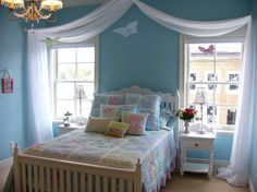 Extraordinary Kid's Room Design In Calm Shades : Inspiring Cool White And Blue Kids Room With Bedroom Bed Cover Pillow Table Lamp Window Chandelier Curtain And Carpet Design