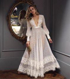Looks para Réveillon - 100 Looks para se Inspirar Nessa Virada! Paris Chic, Evening Dresses, Prom Dresses, Formal Dresses, Wedding Dresses, Long Dresses, Elegant Dresses, Lace Wedding, Modest Wedding