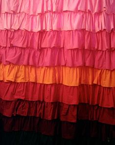 DIY Pottery Barn ruffled shower curtain.