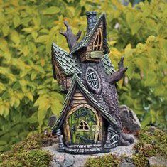 Fiddlehead Fatörzsház 16496 Garden Tree House, Fairy Tree Houses, Clay Fairy House, Fairy Village, Gnome House, Fairy Garden Houses, Witch House, Gnome Tree Stump House, Smurf House