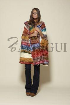 Capa de lana multicolor - 395,00€ : Zaitegui - Moda y ropa de marca para señora en Encartaciones