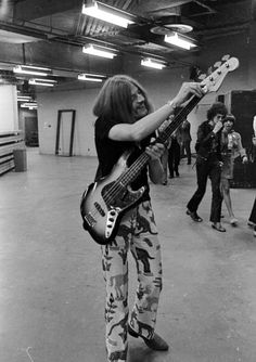 John Paul Jones - September 1970 - Madison Square Garden - New York City Jimmy Page, Robert Plant, Great Bands, Cool Bands, Led Zeppelin I, John Paul Jones, John Bonham, Rock Groups, Thing 1