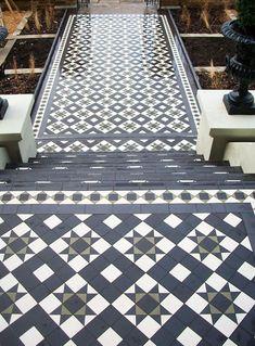 Tiled steps and path.Tiled steps and path. Victorian Front Doors, Victorian Porch, Victorian Tiles, Victorian Hallway, Porch Tiles Uk, Porch Uk, Front Path, Front Door Steps, Hall Tiles