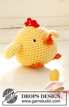 Chicken Little pattern by DROPS design Crochet Mittens Free Pattern, Easter Crochet Patterns, Granny Square Crochet Pattern, Free Crochet, Crochet Heart Blanket, Crochet Bear, Crochet Dolls, Crochet Hats, Drops Design