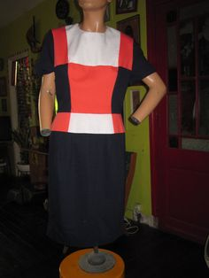colorblock wiggle red white blue dress  mod  by dieyoungstaypretty, €25.00