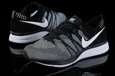 2013 Nike FlyKnit Trainer Black White for Mens running shoes Latest Now