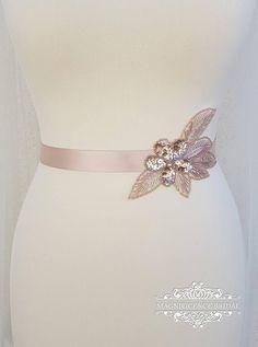 Gold Belts, Sash Belts, Rose Gold Skirt, Bridesmaid Belt, Kids Party Wear, Wedding Belts, Gold Wedding, Bridal Sash Belt, Embellished Belt