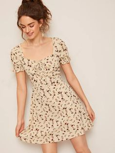 SHEIN Tie Neck Ruffle Cuff Ditsy Floral Dress ( Affiliate Link ) : ( (AffiliateLink)) The product title and photo and description are from its website Simple Dresses, Cheap Dresses, Pretty Dresses, Short Sleeve Dresses, Summer Dresses, Cute Floral Dresses, Short Floral Dress, Short Casual Dresses, Floral Dress Outfits
