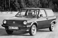 1982 Volkswagen Polo Squareback- this looks like my first car. Still one bad experience didn't put me of VW's for life....
