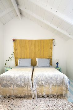 Sun-Filled Minimalist Bedroom - ELLEDecor.com