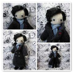 Are you Sher-Locked? Amigurumi Sherlock Holmes - Free Pattern