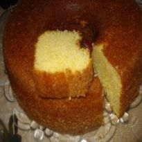 Copie a Receita de Bolo de fubá no liquidificador super fofo - Receitas Supreme Sweet Recipes, Cake Recipes, Corn Cakes, Portuguese Recipes, Food Reviews, Love Cake, Sans Gluten, Homemade Cakes, Street Food