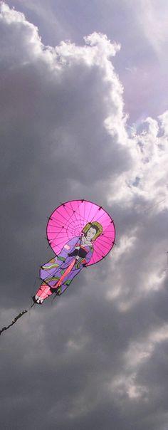 Down Loop Transition – Kite Surf Co Tutorial Go Fly A Kite, Kite Flying, Japanese Toys, Japanese Art, Air Balloon, Balloons, Kite Store, Cd Mosaic, Kite Designs