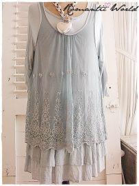 ** NIEUW ** Oud-blauwe tuniek met romantisch kant. Maat 42/50 Would love this - but a little longer.