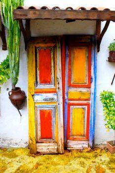 Door, Greece (70 pieces)