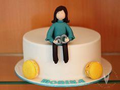 Geburtstags Tortenfigur Frau zum 60er - Geburtstagstorte Cake, Desserts, Food, Birthday Cake Toppers, Tutorials, Tailgate Desserts, Pie, Kuchen, Dessert