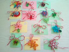 Paper Quilling, Washer Necklace, Diy And Crafts, Projects To Try, Gift Wrapping, Album, Gifts, Jewelry, Gift Wrapping Paper